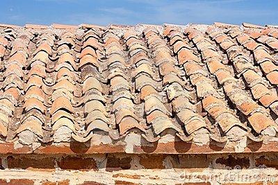 Manutenzione tetto ordinaria o straordinaria